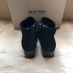 Kenneth Cole Reaction Shoes - NEW Kenneth Cole Reaction Suede Ankle Boot⭐️